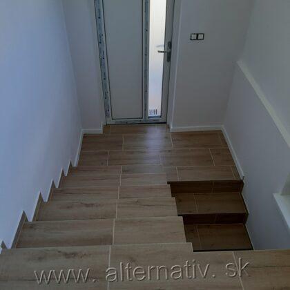 obkladanie schodov