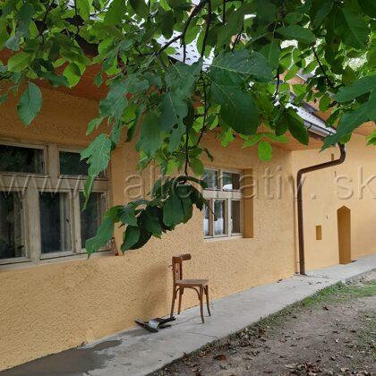 maľovanie fasády na dome